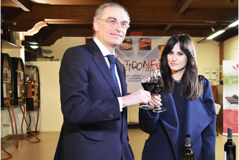 foto dopo il servizio di rete 4 per cantina valtidone con la giornalista