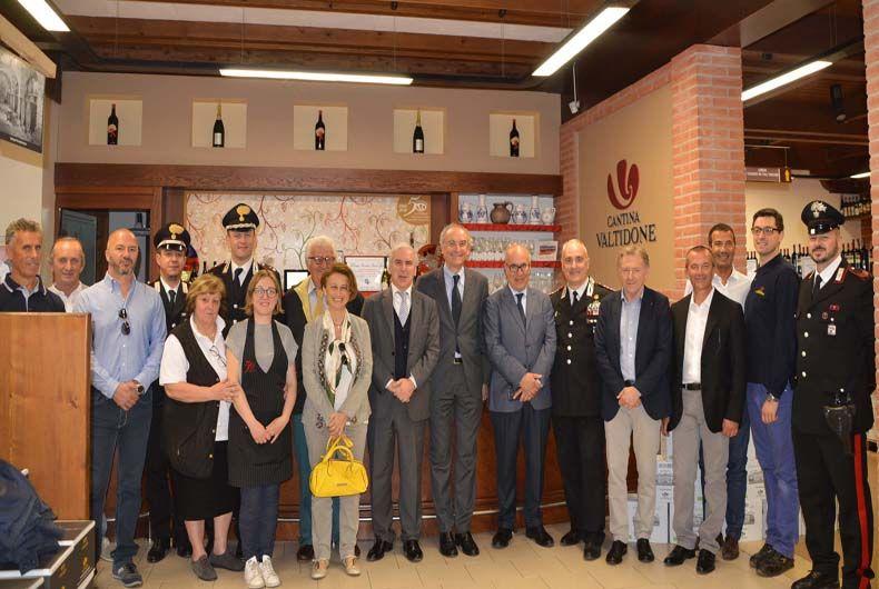 Prefetto, Questore e Comandante dei Carabinieri in visita in Cantina